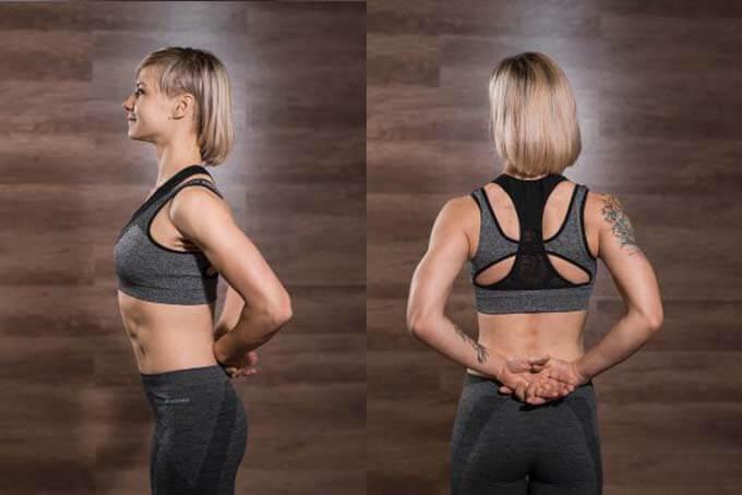 Растяжка мышц передней части плечей