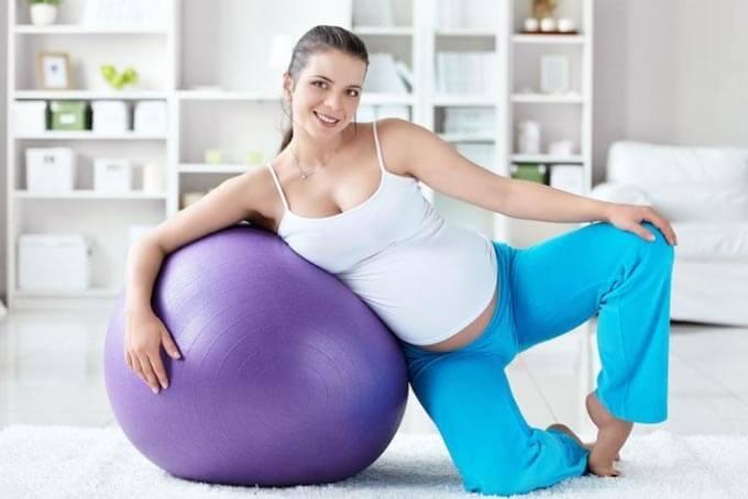 Можно ли беременным заниматься фитнесом с фитболом