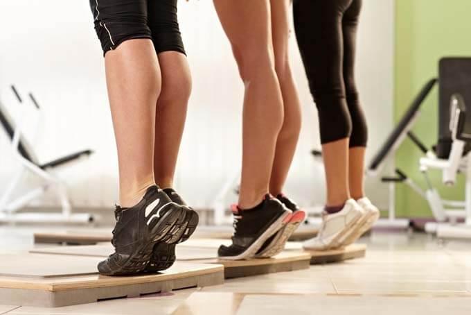 упражнения для растяжки икр