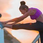 Два простых эффективных упражнения для растяжки на шпагат